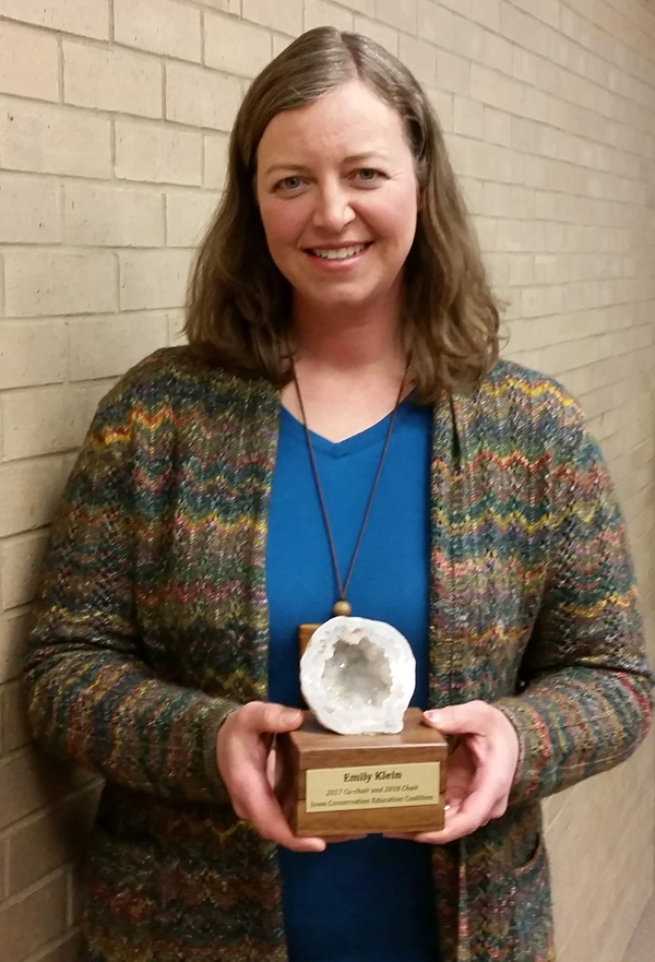 "Emily Klein receives the ""Geode Award"" for service"